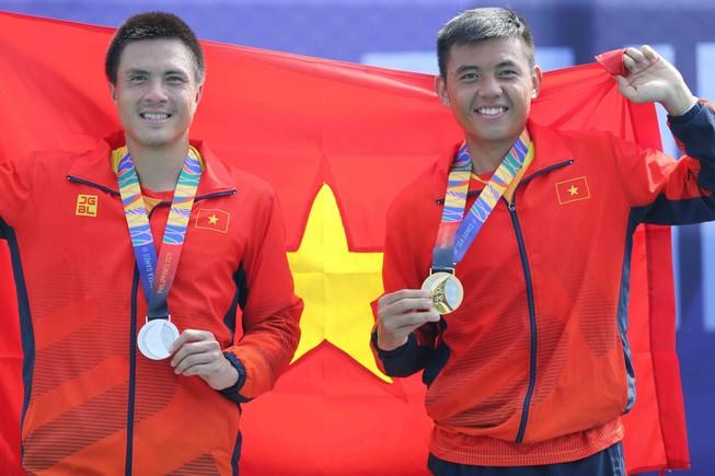 Lý Hoàng Nam giành HCV lịch sử cho thể thao Việt Nam