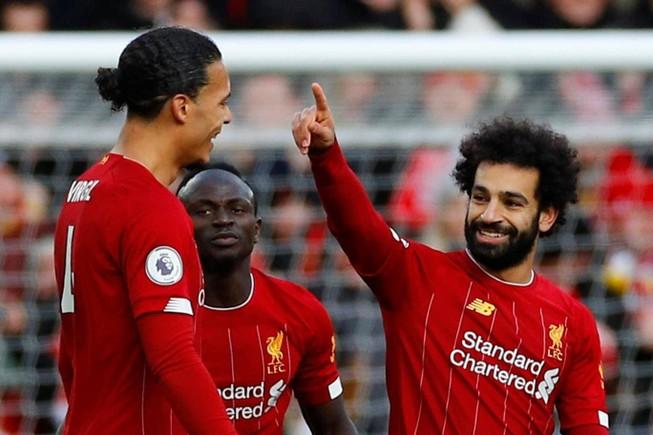 Salah lập 'cú đúp', Kloop ăn mừng hợp đồng mới cùng Liverpool