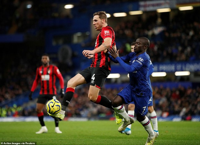 Chelsea thua sốc Bournemouth