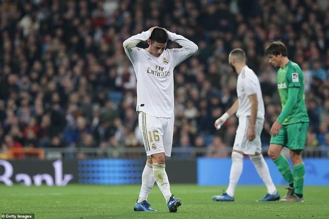 Real Madrid và Barcelona cùng thua sốc, chia tay Cúp Nhà Vua