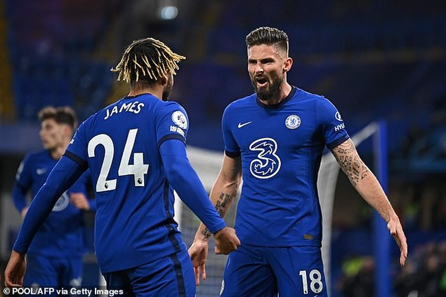 Ngược dòng đánh bại tân binh, Chelsea chiếm ngôi đầu bảng