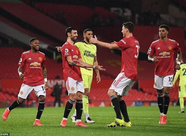 MU thắng lớn Newcastle tại Old Trafford