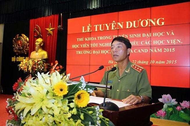 Bộ Chính trị kỷ luật Thượng tướng công an Trần Việt Tân