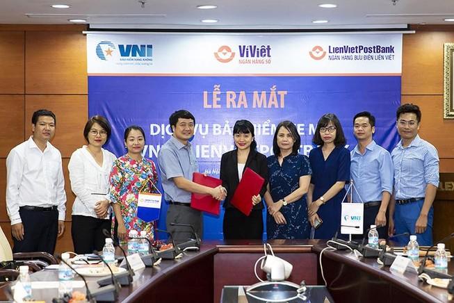 LienVietPostBank và VNI ký hợp tác bảo hiểm xe máy