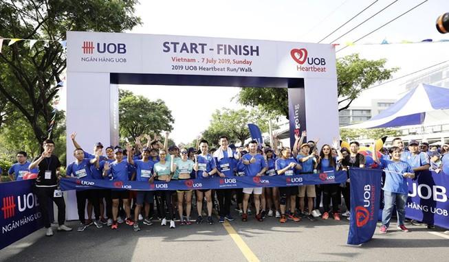 Giải chạy bộ trực tuyến gây quỹ giúp trẻ em của UOB