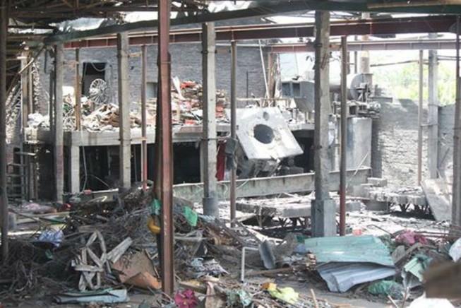 Hai công nhân tử vong sau vụ nổ xưởng luyện thép