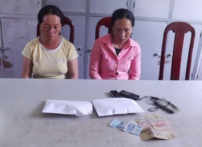 Bắt hai chị em dâu giấu heroin vào chỗ kín