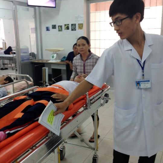 9 học sinh nhập viện sau khi tiêm vắc-xin sởi, rubella
