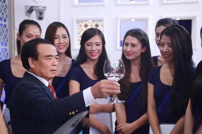 Hoa khôi Áo dài Việt Nam phải biết nghi thức ngoại giao