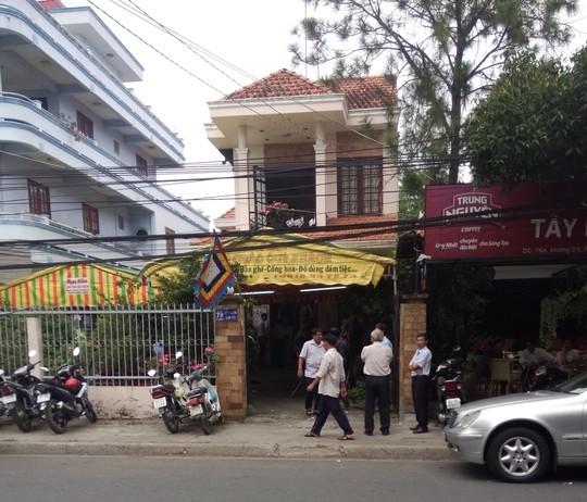 Nguyên giám đốc Công ty Lương thực Vĩnh Long tự tử trong nhà tạm giam