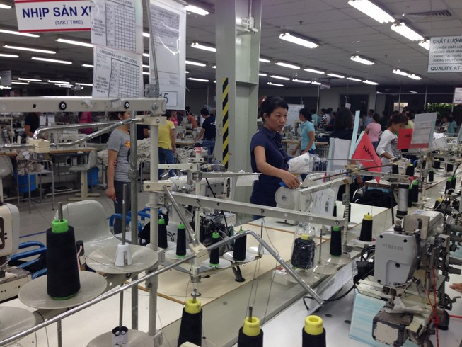 Các công ty dệt may thuộc Vinatex thưởng tết từ 2-3 tháng lương