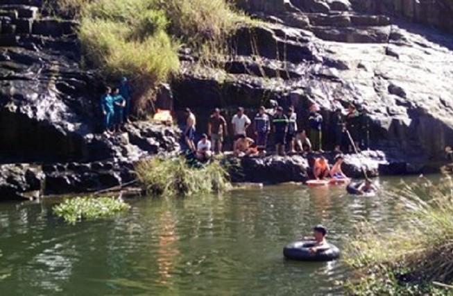 Tìm được thi thể du khách nước ngoài tử nạn tại thác Pongour