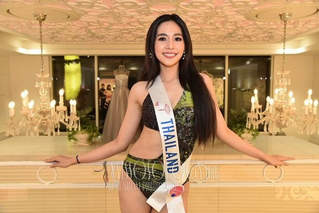 Ngắm nhan sắc 25 tuổi của tân Hoa hậu Quốc tế 2019