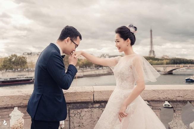 Chùm ảnh đám cưới biên tập viên Thu Hà của VTV