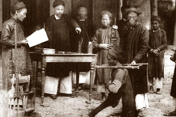 Luật pháp thời Trần xử nặng tội đánh bạc