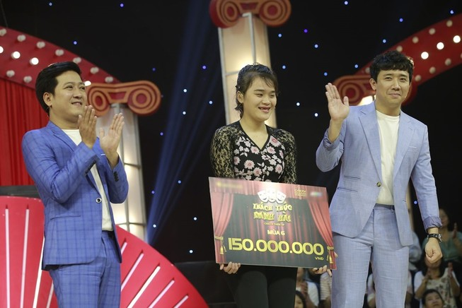 'Thánh sún' Ngân Thảo rinh 150 triệu ở Thách thức danh hài