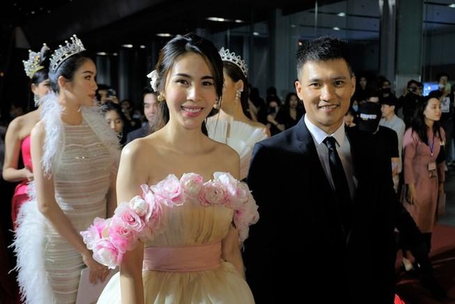 Thủy Tiên được vinh danh, dàn hoa hậu đọ sắc tại WeChoice 2020