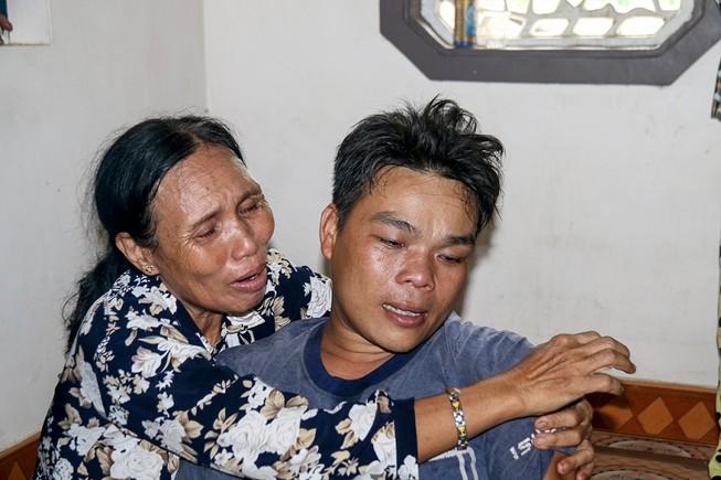 Đám tang nhói lòng 12 người trong họ vụ xe rước dâu gặp nạn