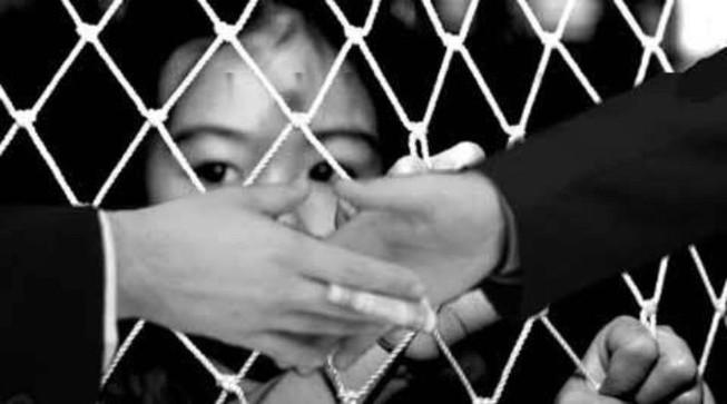 Chặn giữ 2 cô gái mang trẻ sơ sinh từ Bến Tre ra Lạng Sơn