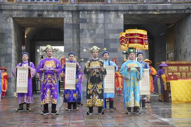 Tái hiện lễ ban lịch của triều Nguyễn