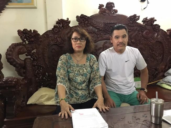 Chuyển hồ sơ vụ vợ chồng bị cấm xuất cảnh lên tòa TP.HCM