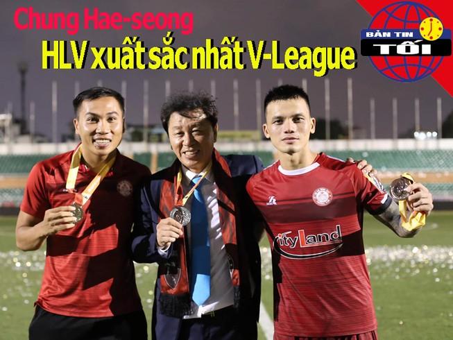 Đồng hương thầy Park là HLV hay nhất V-League; UAE gặp rắc rối