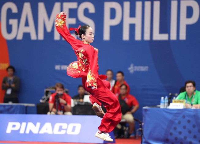 Clip: Minh Huyền đoạt HC đầu tiên về cho thể thao Việt Nam