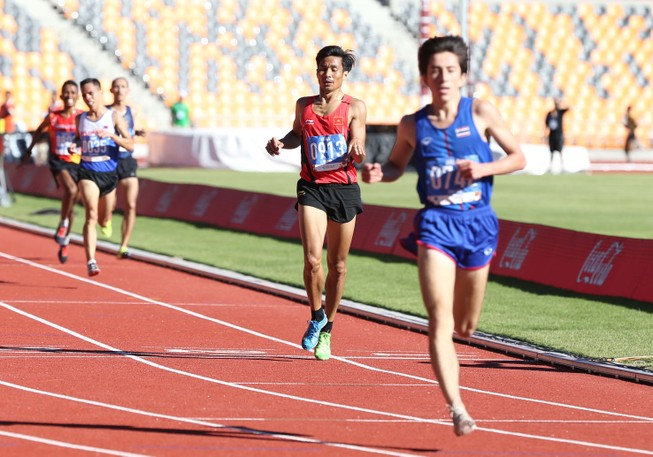 Thua 'sốc' đối thủ nhập tịch, Nguyễn Văn Lai thành cựu vô địch