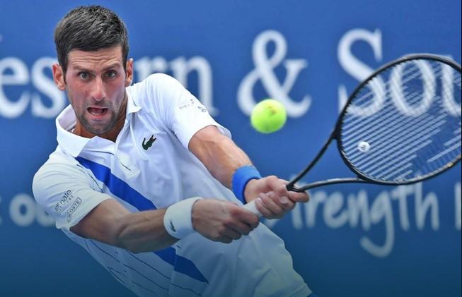 Djokovic kéo dài chuỗi toàn thắng lên 22-0