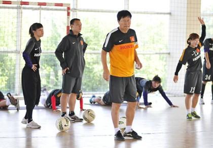 HLV Trần Vân phát đánh giá Myanmar là đối thủ số 1