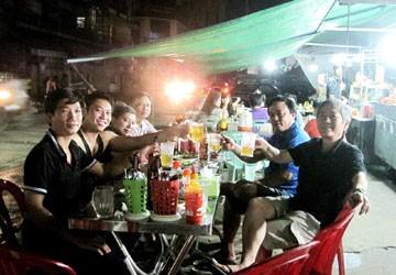 Nhậu khuya ở Phnom Penh