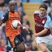 """Man City """"nẫng"""" Barry ngay trước mũi Liverpool"""
