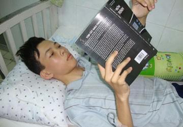Một học sinh giỏi đối mặt với ung thư