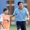 Vì sao HLV Trần Vân Phát chưa gia hạn hợp đồng?