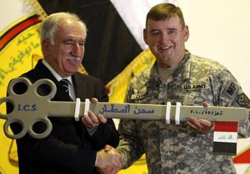 Mỹ giao Iraq nhà tù cuối cùng