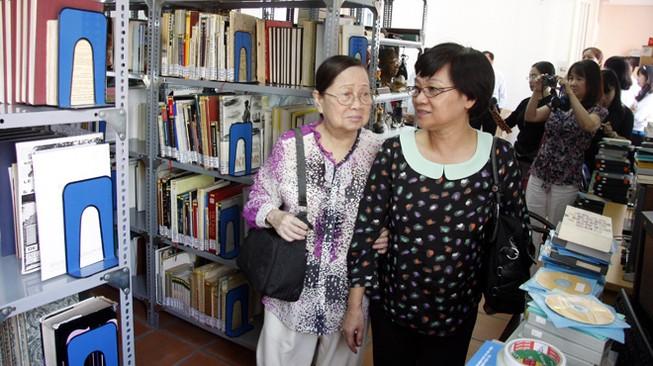 Ra mắt thư viện GS Trần Văn Khê