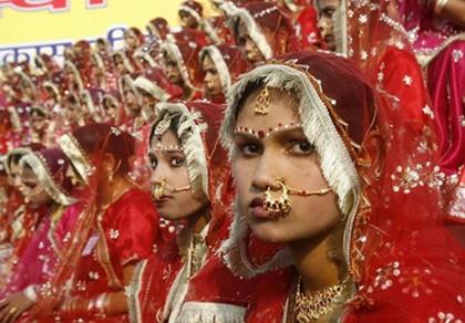 Kiểm tra trinh tiết 450 cô dâu ở Ấn Độ