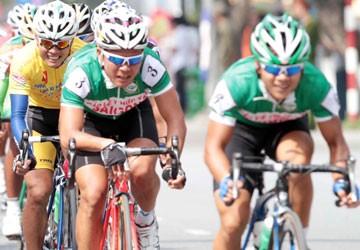 """Cuộc đua xe đạp Cúp Truyền hình TP.HCM 2012: """"Vua"""" mới Lê Văn Duẩn"""