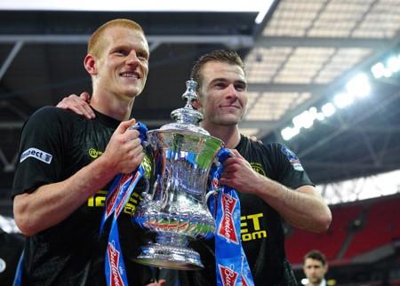 Man City đau đớn nhìn Wigan nhận cúp FA
