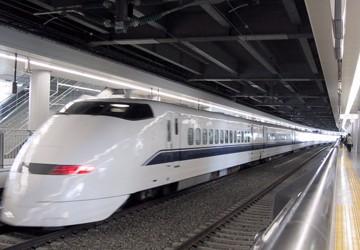 """Phó Thủ tướng thường trực Nguyễn Sinh Hùng: """"Không thể không làm đường sắt cao tốc"""""""