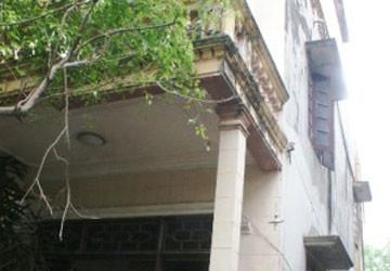 Đột nhập vào nhà công an viên khống chế cướp hơn 5 cây vàng