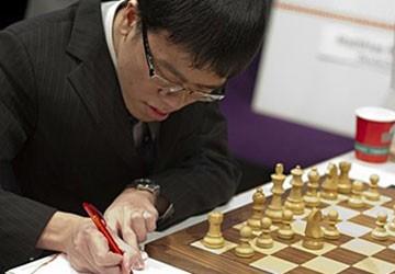Lê Quang Liêm hòa hạng 5 thế giới Kramnik