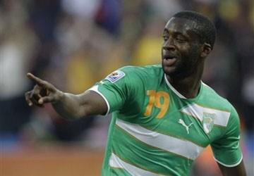 Yaya Toure nhận lương kỷ lục tại Premier League