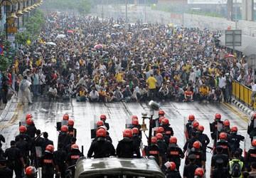 Biểu tình bị trấn áp ở Malaysia