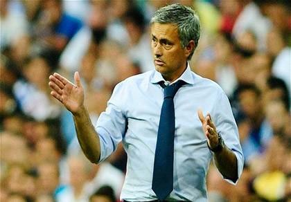 Nếu về Chelsea, Mourinho sẽ có 100 triệu bảng để mua sắm