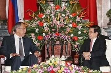 Việt Nam coi trọng quan hệ hợp tác với Liên bang Nga