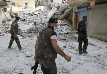 """Sốc với video """"quân nổi dậy Syria moi, ăn tim binh sỹ chính phủ"""""""