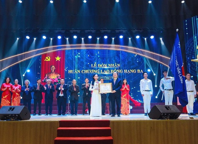 Trường Đại học Văn Lang kỷ niệm 25 năm thành lập