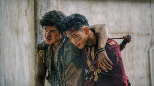 2 nam thần Thái Lan đổ bộ phòng vé Việt cuối tuần