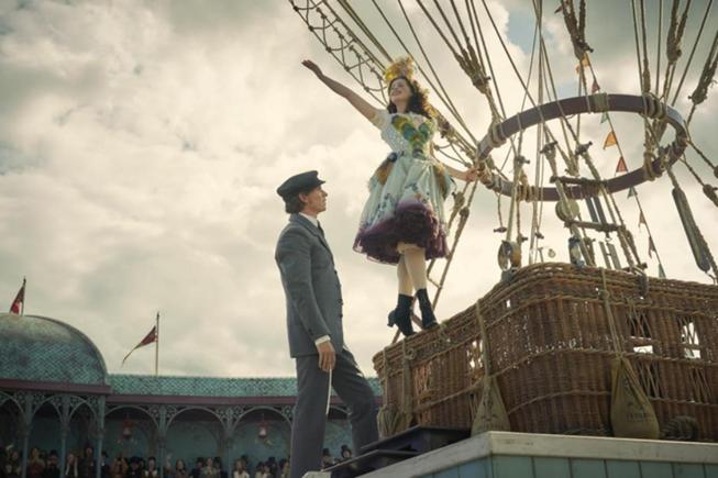 Cặp đôi của điện ảnh Anh Quốc tái hợp trong The Aeronauts